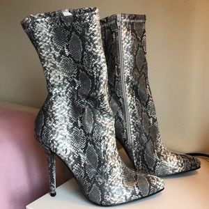 Fashion Nova Snake Print Booties